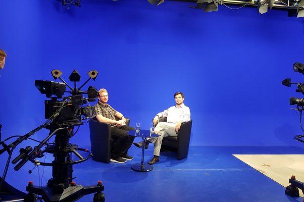 Zu Gast im Fernseh-Studio der Hochschule Ansbach